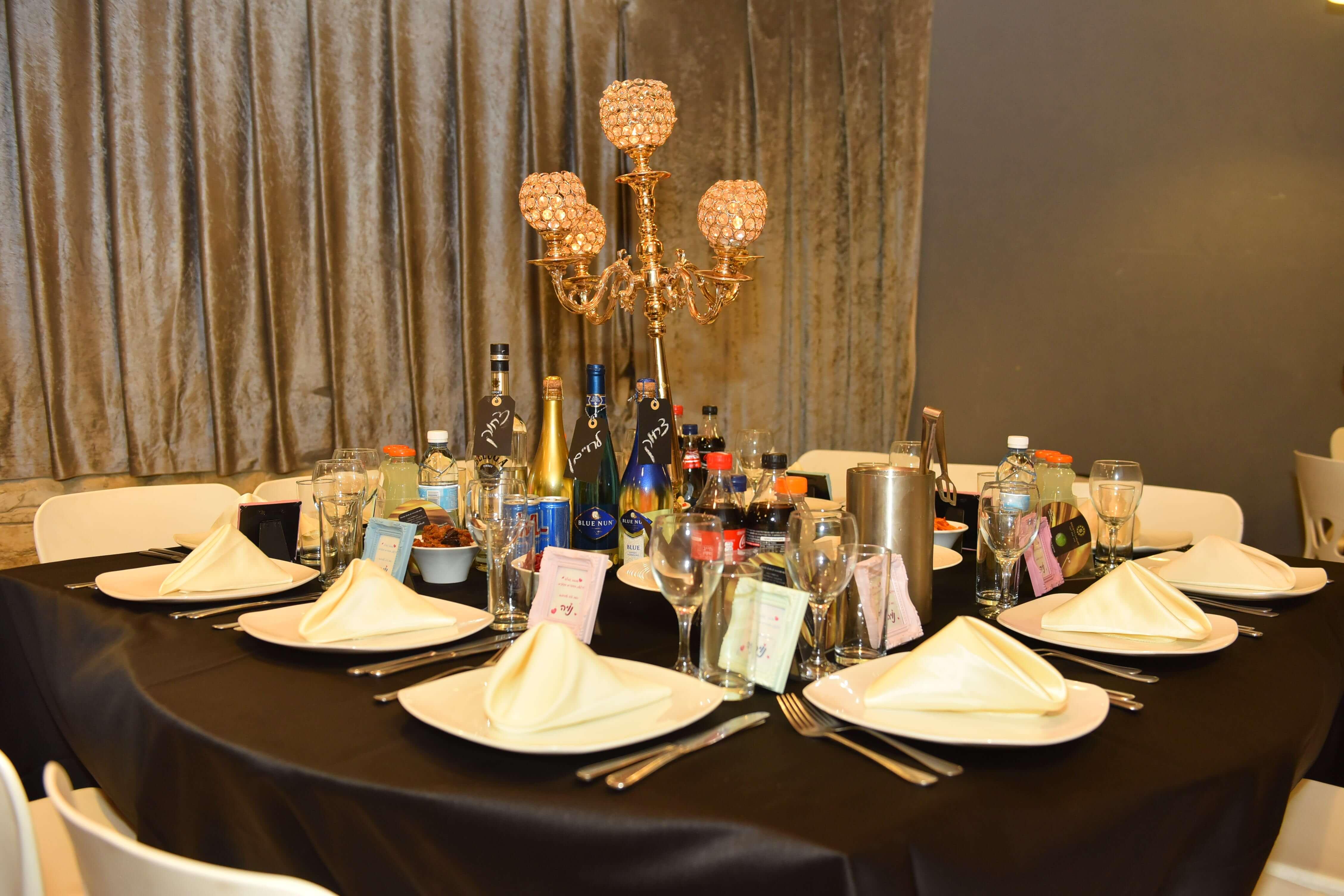 מועדון לבת מצווה בראשון לציון עם שולחן VIP